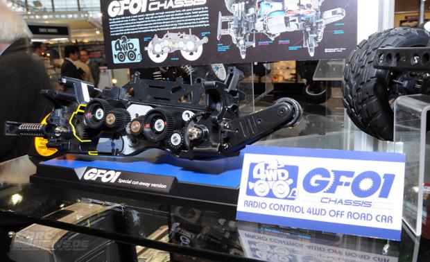 Spielwarenmesse-2014-Tamiya-1-12-Tamiya-Land-Cruiser-40-Pick-Up-GF01-3