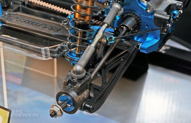 Spielwarenmesse-2014-Tamiya-TRF503-Chassis-Kit-Buggy-4-620x398.jpg