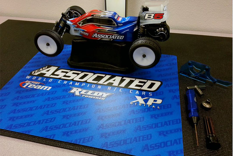 rc10.com with Team Associated Countertopsetup Mat on Team Associated Rc8b3 18 Scale Nitro Buggy moreover Team Associated Apex Scion Racing Tc 2015 Lipo  bo in addition Team Associated Ft Shock Shaft Pliers further 4465 Team Associated releases the SC10 likewise Reedy 5s 18 5v 6s 22 2v  petition Lipo Packs.
