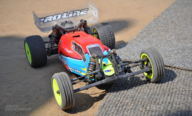 Testbericht-Review-Team-Associated-B5-B5M-44