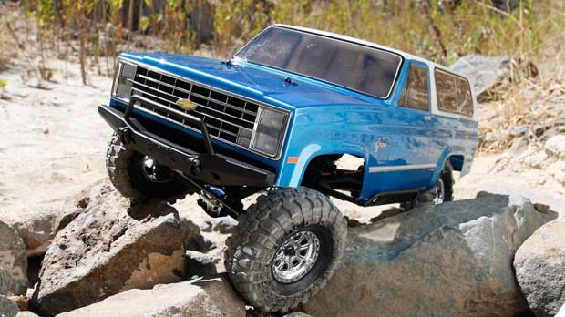 Vaterra-Chevrolet-K-5-Blazer-Ascender-1