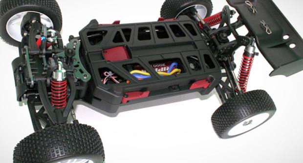 Thunder-Tiger-EB4-G3-1-8-Brushless-Buggy-2