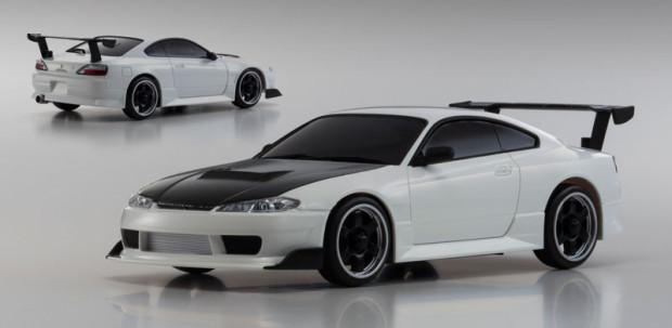 Kyosho-Mini-Z-AWD-Nissan-Silvia-S15-Mazda-RX-7-FC3S-3