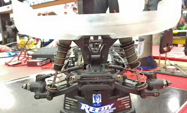 Serpent-Spyder-SRX4-4WD-Buggy-Billy-Easton-4