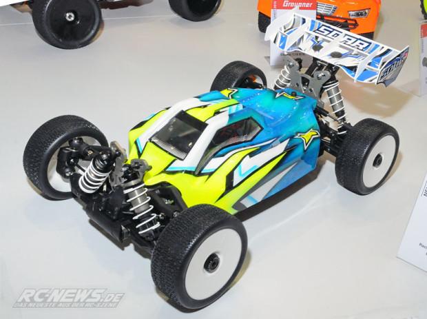 Spielwarenmesse-2015-GraupnerSOAR-998-1-8-Elektro-Buggy-Prototyp-1