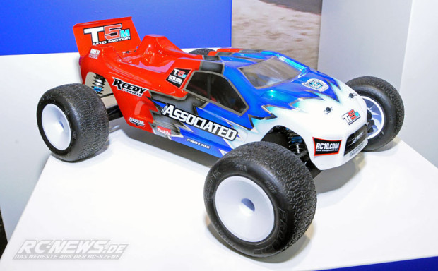 Spielwarenmesse-2015-Team-Associated-T5M-Truck-1