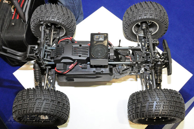 Spielwarenmesse-2015-Thundertiger-K-Rock-MT4-G5-1-8-Brushless-Monster-5