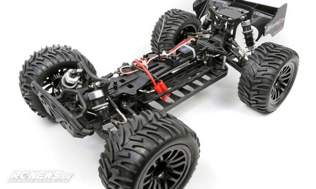 Test-Quanum-Vandal-XL-4WD-Buggy-08