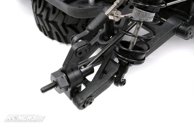 Test-Quanum-Vandal-XL-4WD-Buggy-10