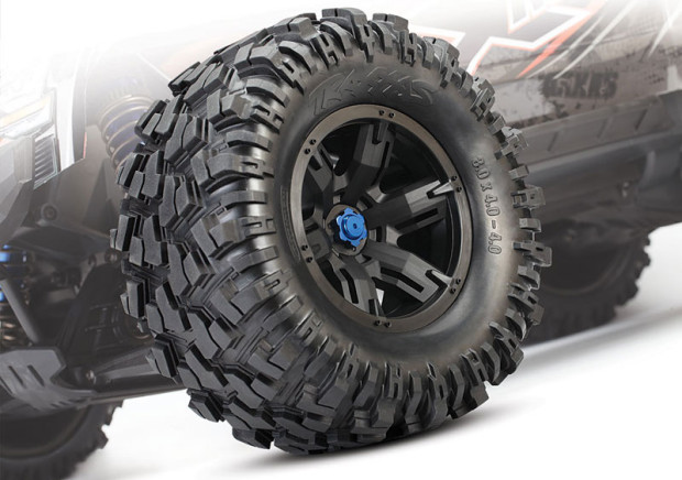 Traxxas-X-Maxx-4X4-1-6-Brushless-Monstertruck-11
