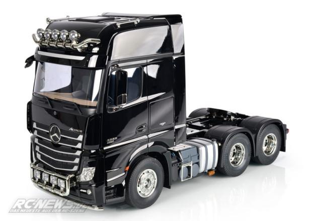 Tamiya-1-14-Mercedes-Benz-Actros-3363-6x4-GigaSpace-1